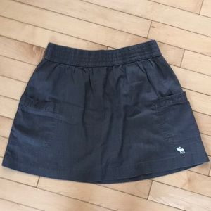 Abercrombie & Fitch Skirts - Ladies A&F grey skirt